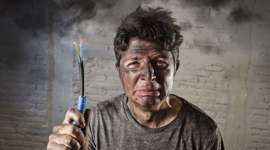 WHY SHOULD YOU USE A REGISTERED ELECTRICIAN